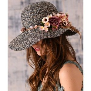NWT gray flower-embellished floppy hat, OS